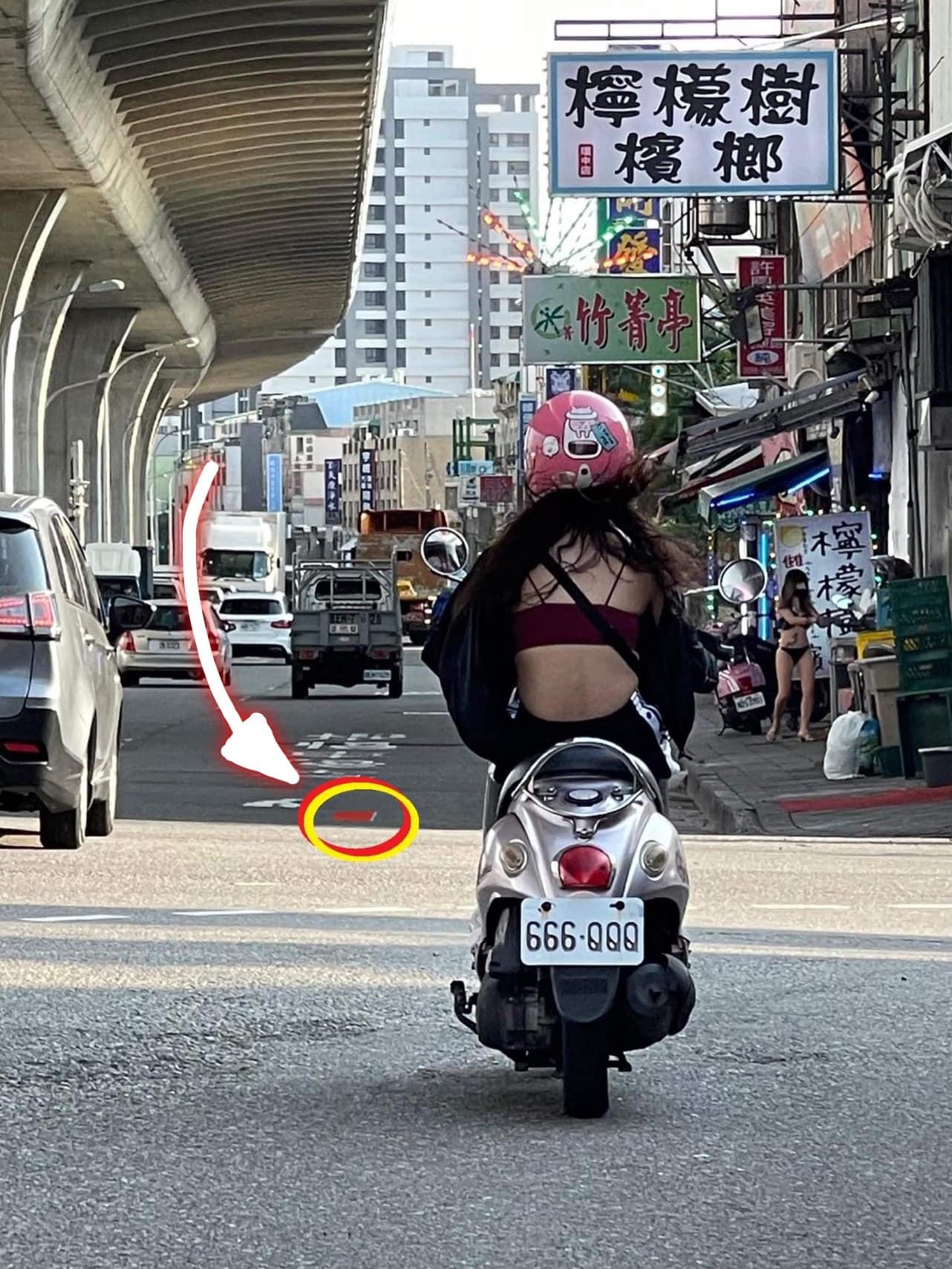前面正妹背部與 騎車被我拍下