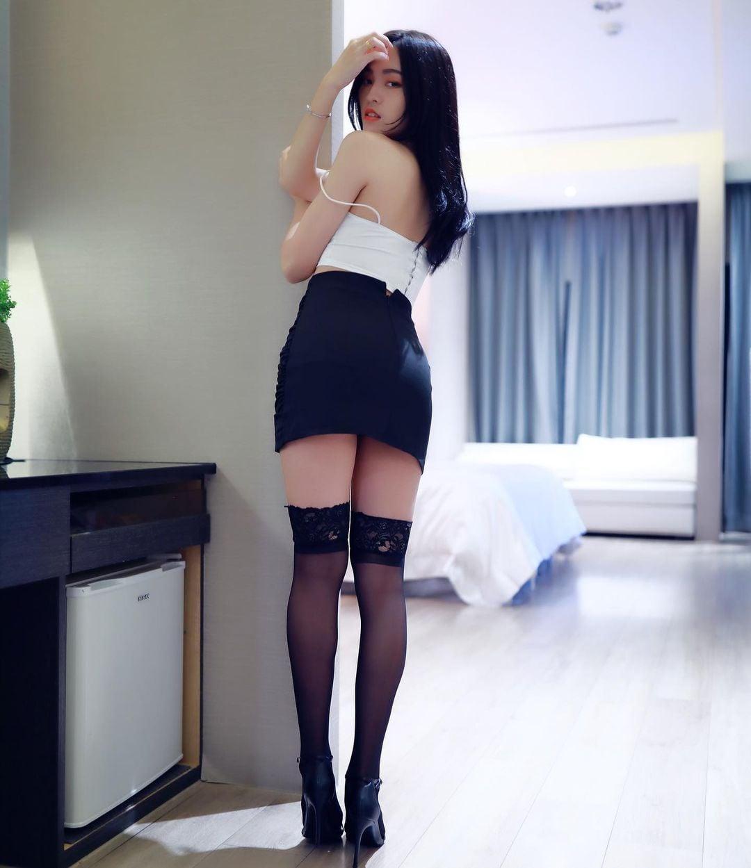 長腿正妹 內衣入鏡